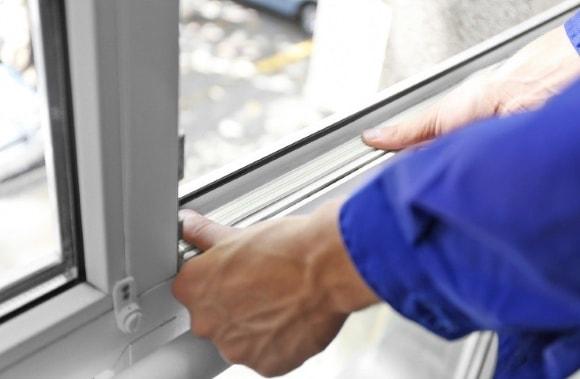Как обслуживать пластиковые окна