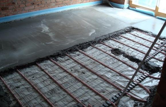 Заливка бетоном теплого пола