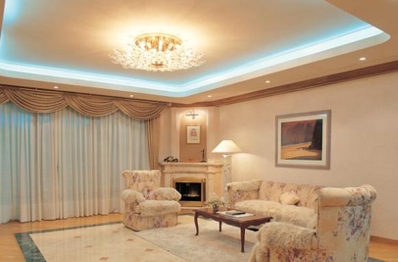 Двухуровневый потолок в гостиной из гипсокартона