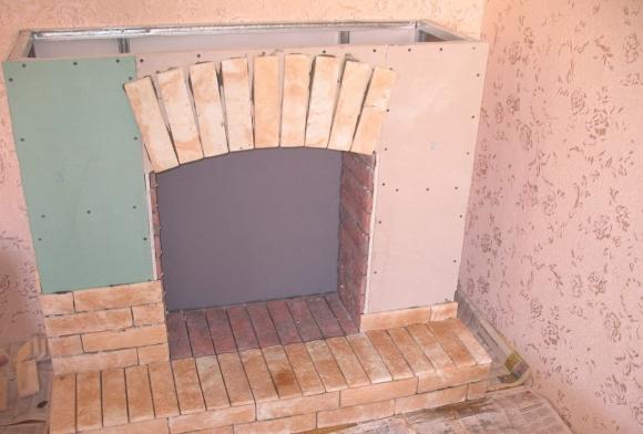 Двухуровневый тканевый натяжной потолок Clipso (Ушинского ул., д.2 ... | 392x580