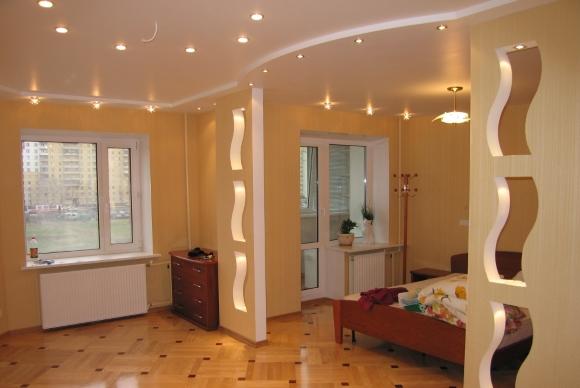 Разделение двумя перегородками пространства гостинной
