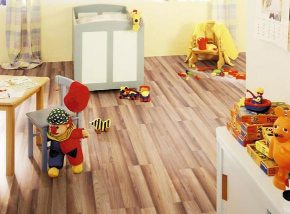 В детскую комнату подходит только натуральный линолеум