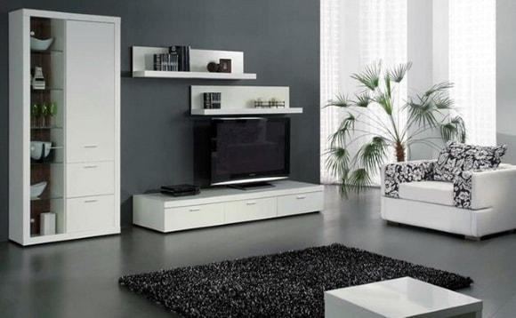 Белая модульная мебель с комодом в гостиной