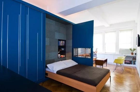 Шкаф-кровать в составе модульной композиции гостиной