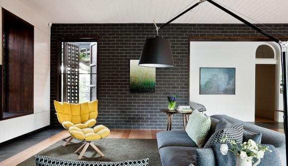 Декоративная плитка под кирпич в квартире