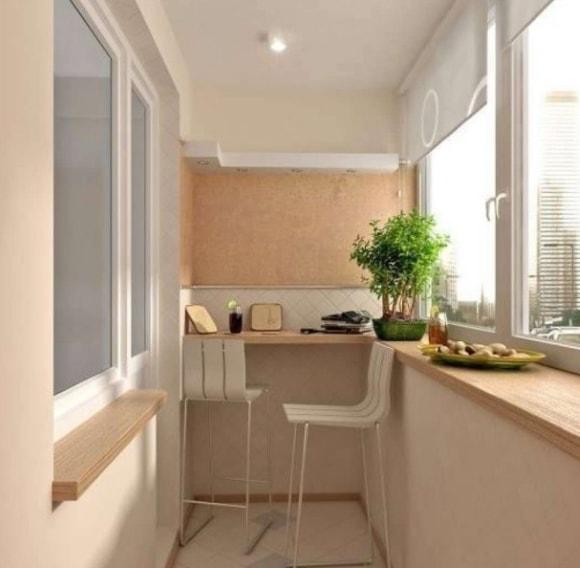Идеи расположения обеденной зоны на балконе