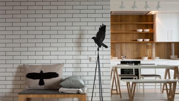 Отделка стен декоративным камнем под кирпич фото