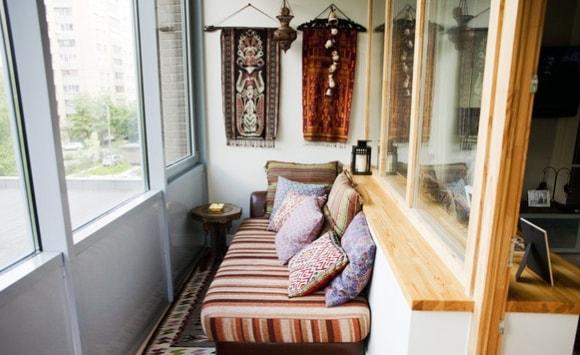Спальные места на балконе и лоджии фото