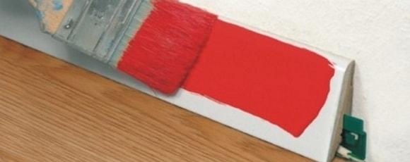 Широкий полиуретановый плинтус под покраску