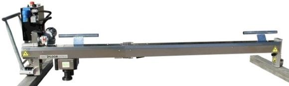 Стяжко-укладочно-уплотняющая машина