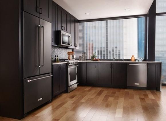 Холодильник в дизайне кухни
