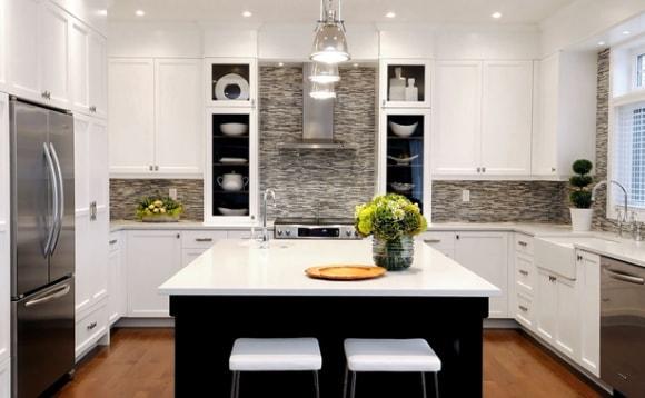 Вариант дизайна освещения на кухне