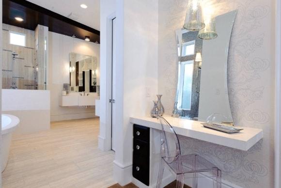 Туалетный столик в лофт-ванной