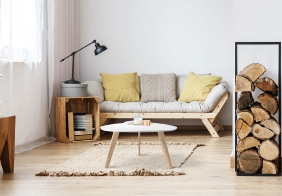 Кофейный столик скандинавского стиля