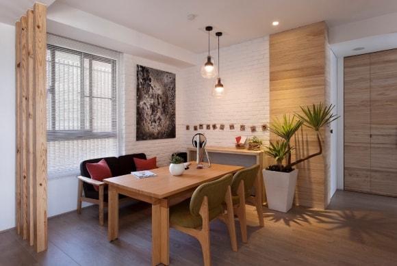 Вариант отделки стен кухни ламинатом