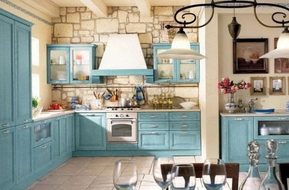 Кухня в стиле прованс изумрудного оттенка