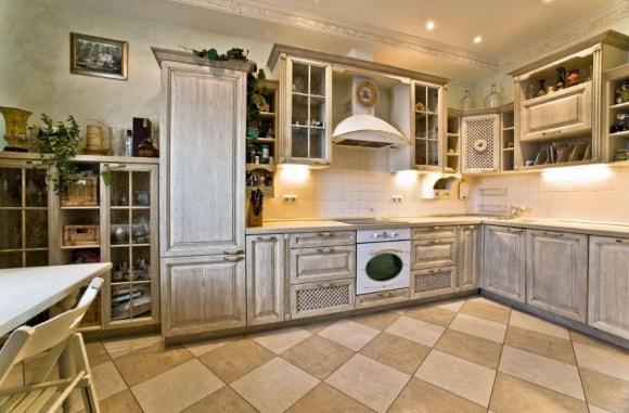 Кухня в стиле прованс под старину