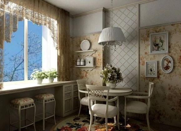 Кухня в стиле прованс с обоями на стенах