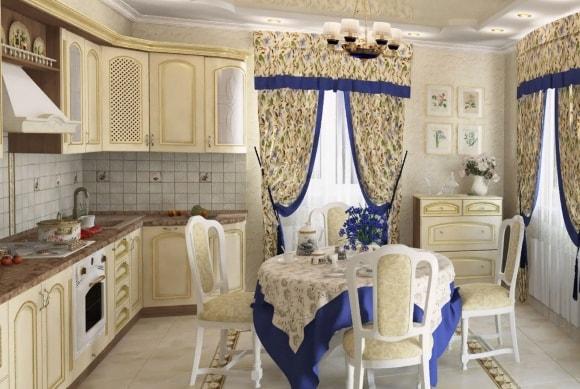 Кухня в стиле прованс с яркими шторами