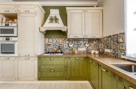 Кухонная фартук в стиле прованс