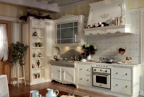 Кухонный гарнитур в стиле прованс бежевого цвета