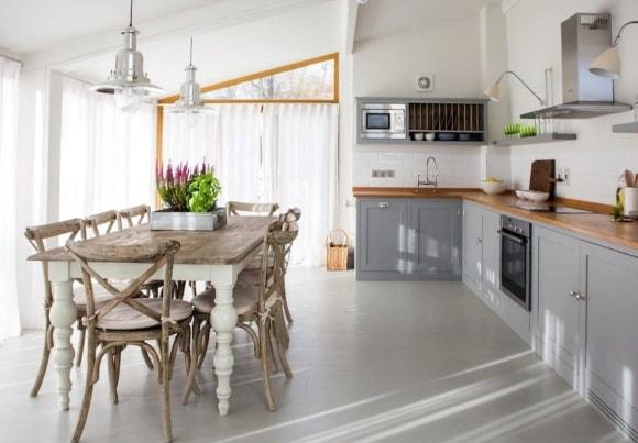 Стол в стиле прованс на кухне