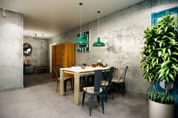 Лофт-кухня с люстрой