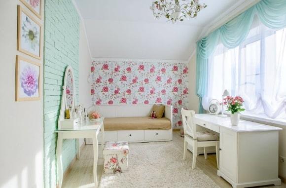 Прованская спальня для девочки-подростка
