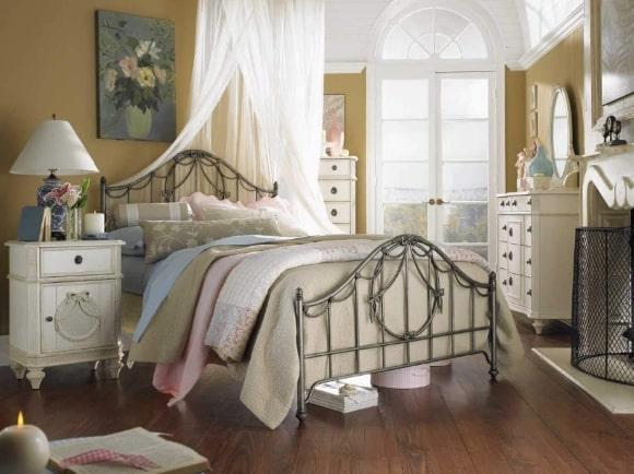 Винтажная прованская спальня
