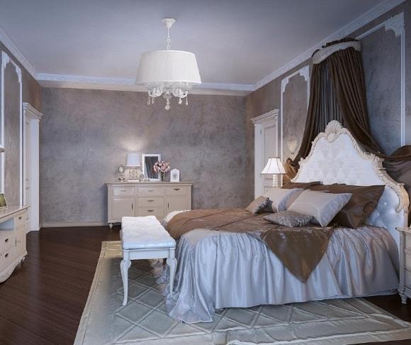 Прованская спальня с люстрой