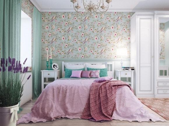 Спальня, отделанная в стиле прованс с обоями